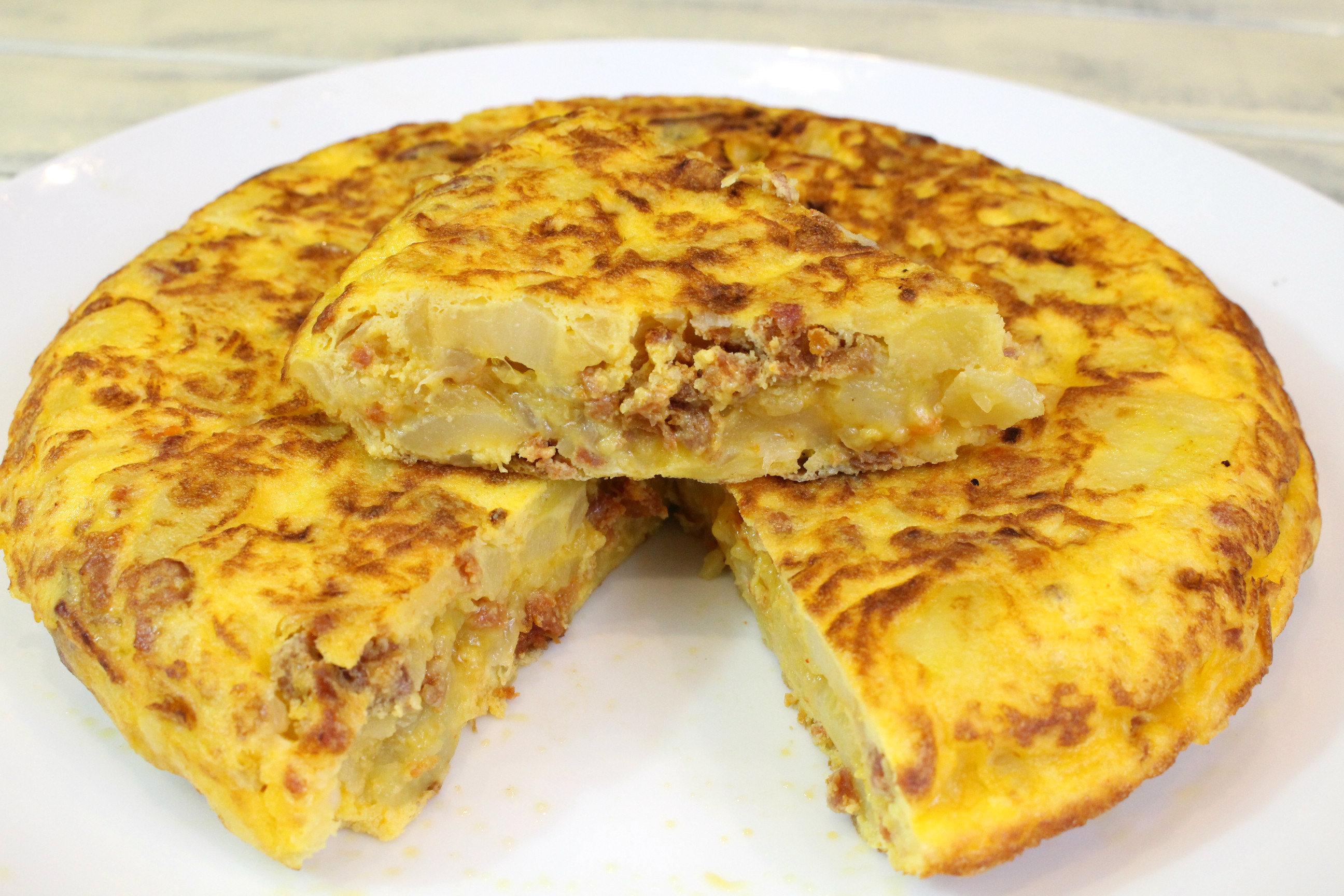 Receta de tortilla de patata y chorizo