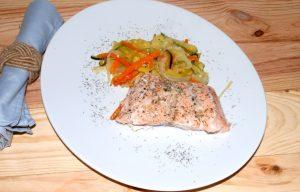 Receta de salmón en papillote con verduritas