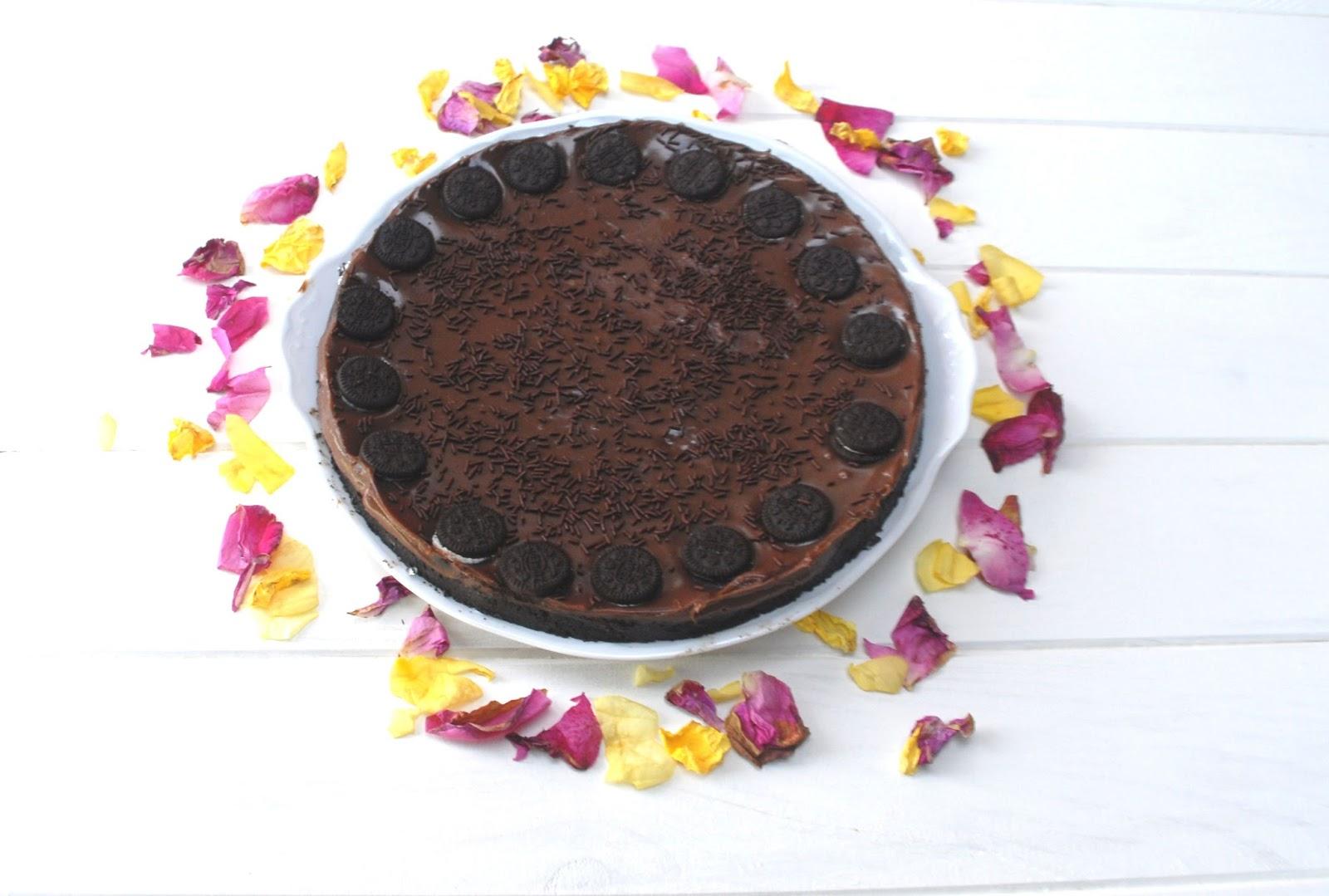 Receta de tarta de Oreo y chocolate sin horno