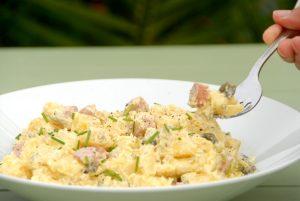 Receta de ensalada alemana de patata (kartoffelsalat)