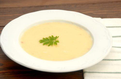 Receta de consomé o caldo de patata con Thermomix