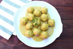 Receta de albóndigas con salsa de curry en Thermomix
