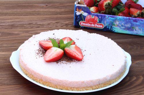 Receta de tarta fácil de fresa y chocolate blanco