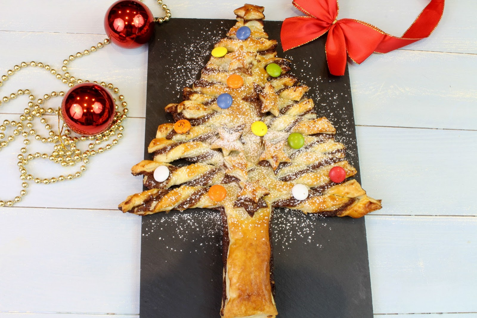Receta de arbolito de Navidad de hojaldre y Nutella
