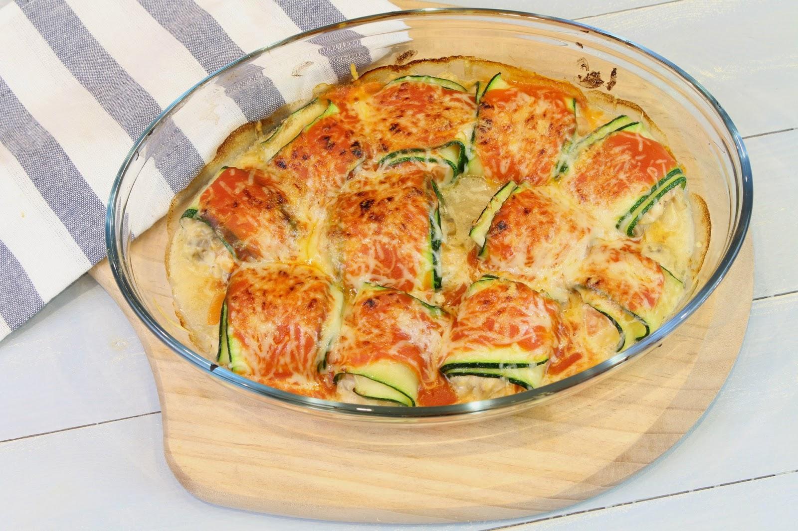 Receta de canelones de calabacín rellenos de queso de cabra, champiñones y tomate