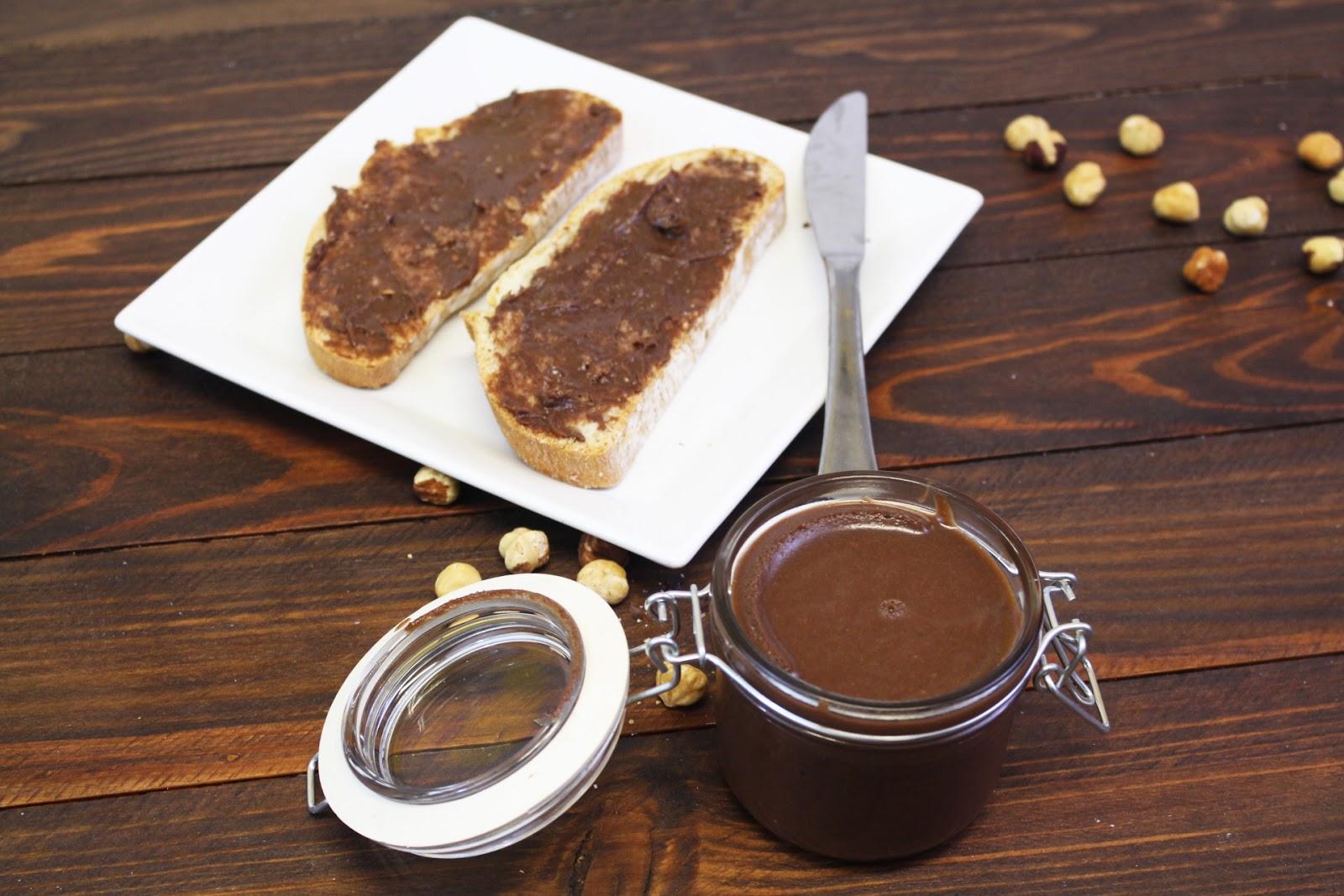 Receta de crema de cacao y avellanas casera con Thermomix