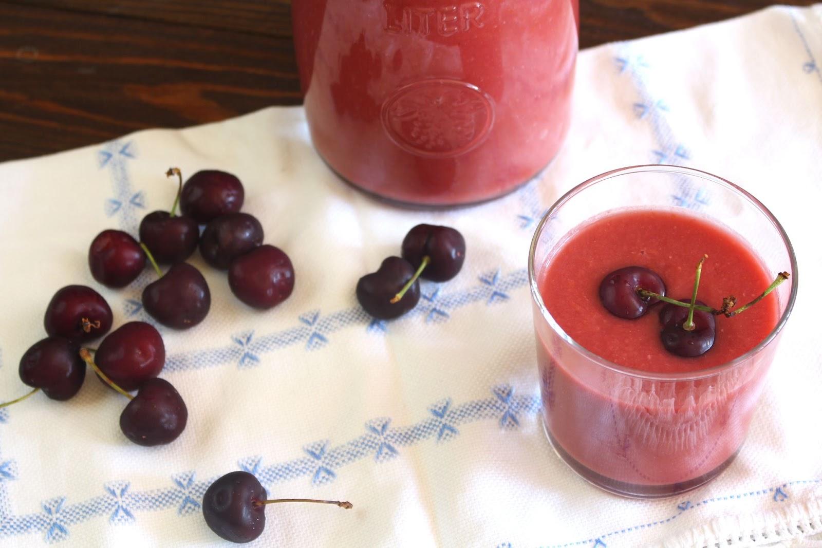 Receta de gazpacho de cerezas con Thermomix