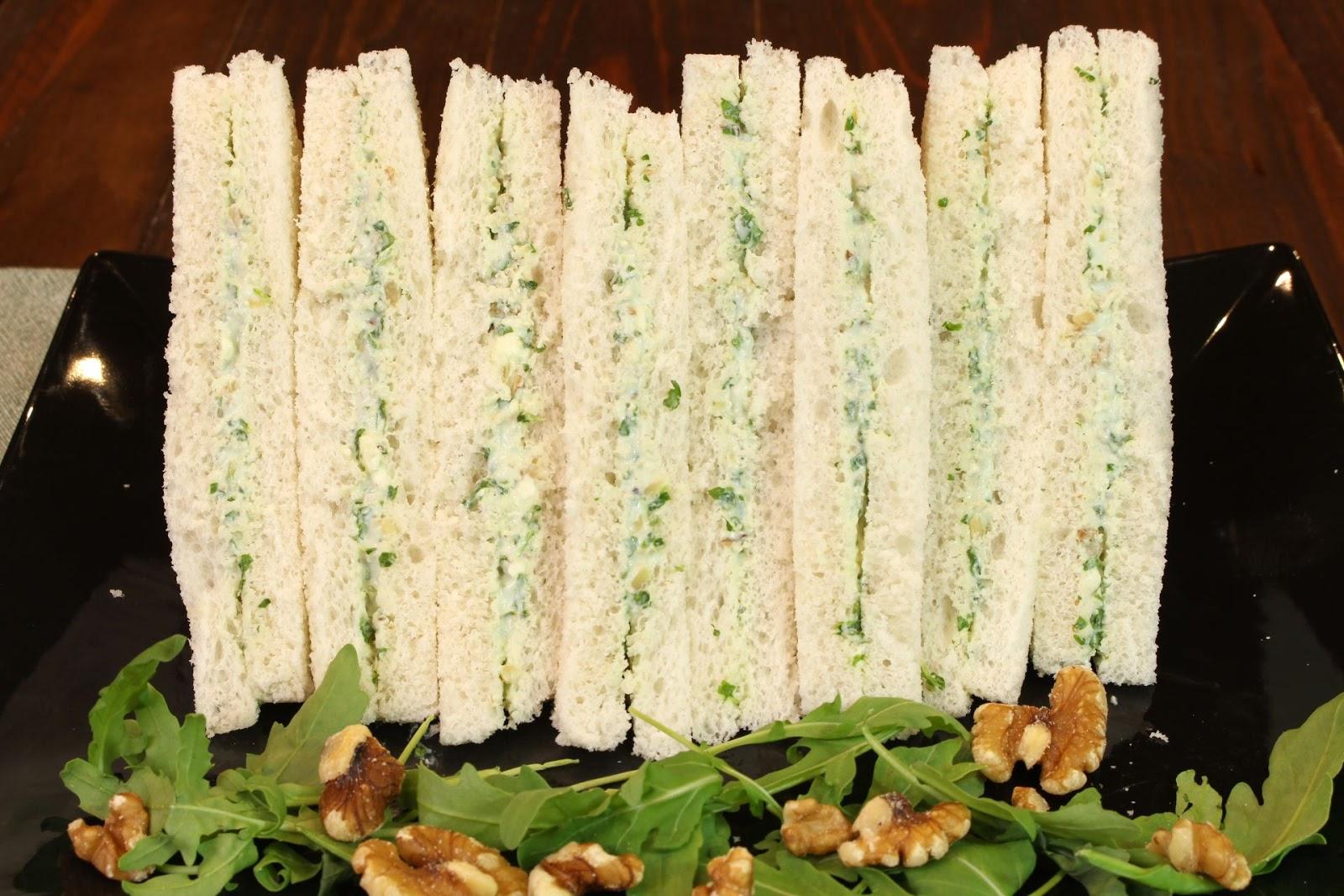 Receta de sandwich de queso azul, rúcula y nueces