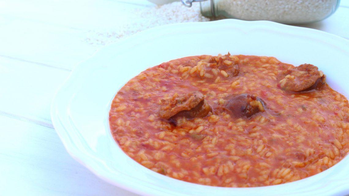 Receta de arroz caldoso con chorizo en Mambo