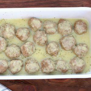 Receta de albóndigas en Salsa con Mambo