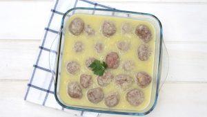 Receta de albóndigas en salsa de cebolla y vino con MyCook Touch.