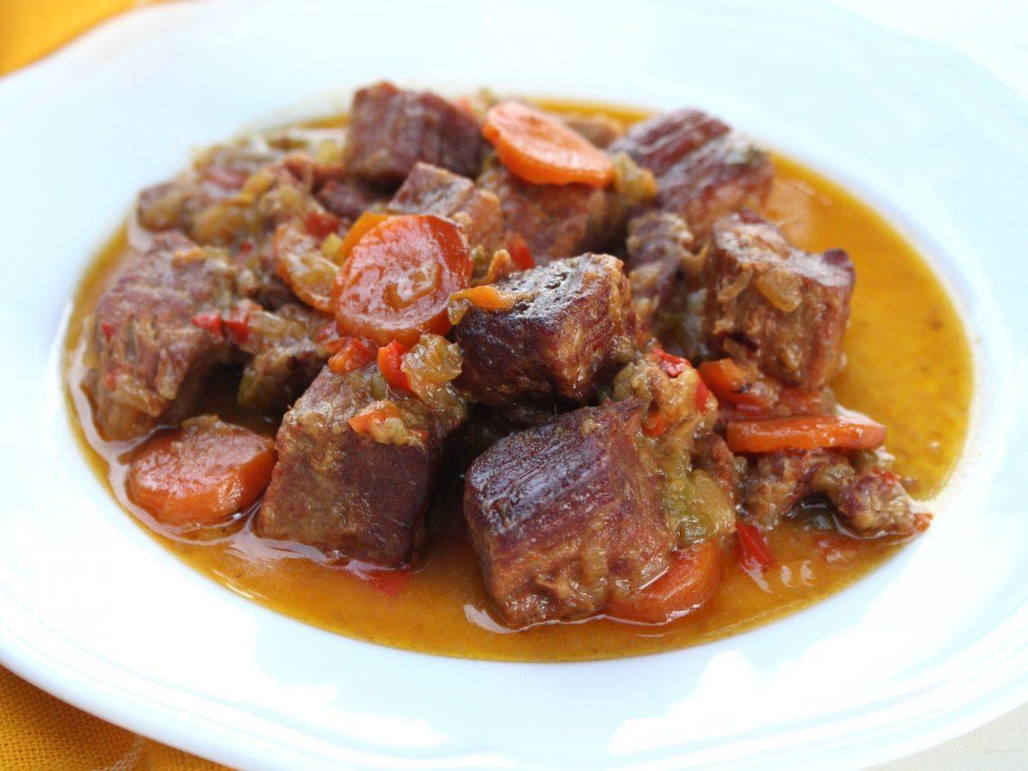 Receta de carne guisada en Chup Chup Matic, olla de cocción lenta
