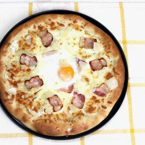 Receta de masa de pizza y pizza carbonara con Mambo