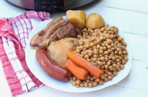 Cocido de garbanzos básico en olla de cocción lenta