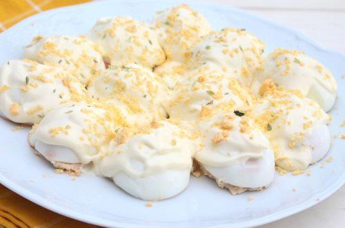 Receta de huevos rellenos o huevos mimosa