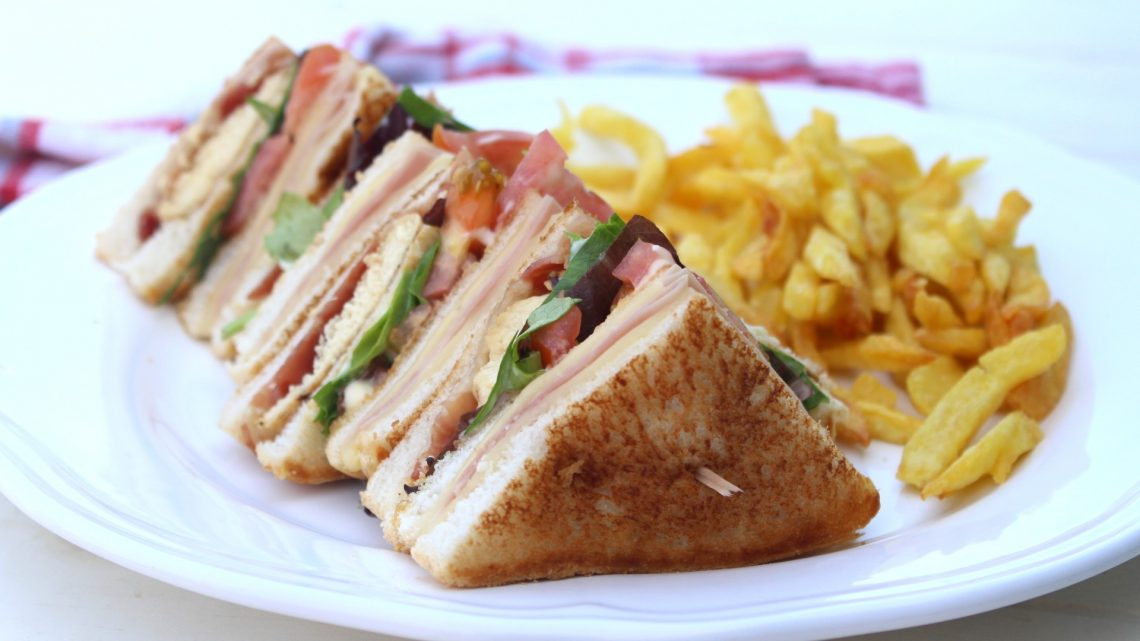 Receta de sandwich club