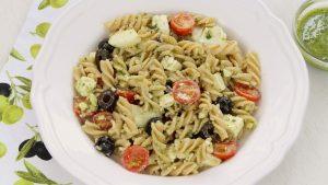 Receta de ensalada de pasta con pesto en Thermomix
