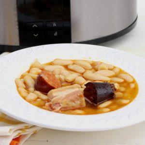 Receta de fabada asturiana en olla de cocción lenta
