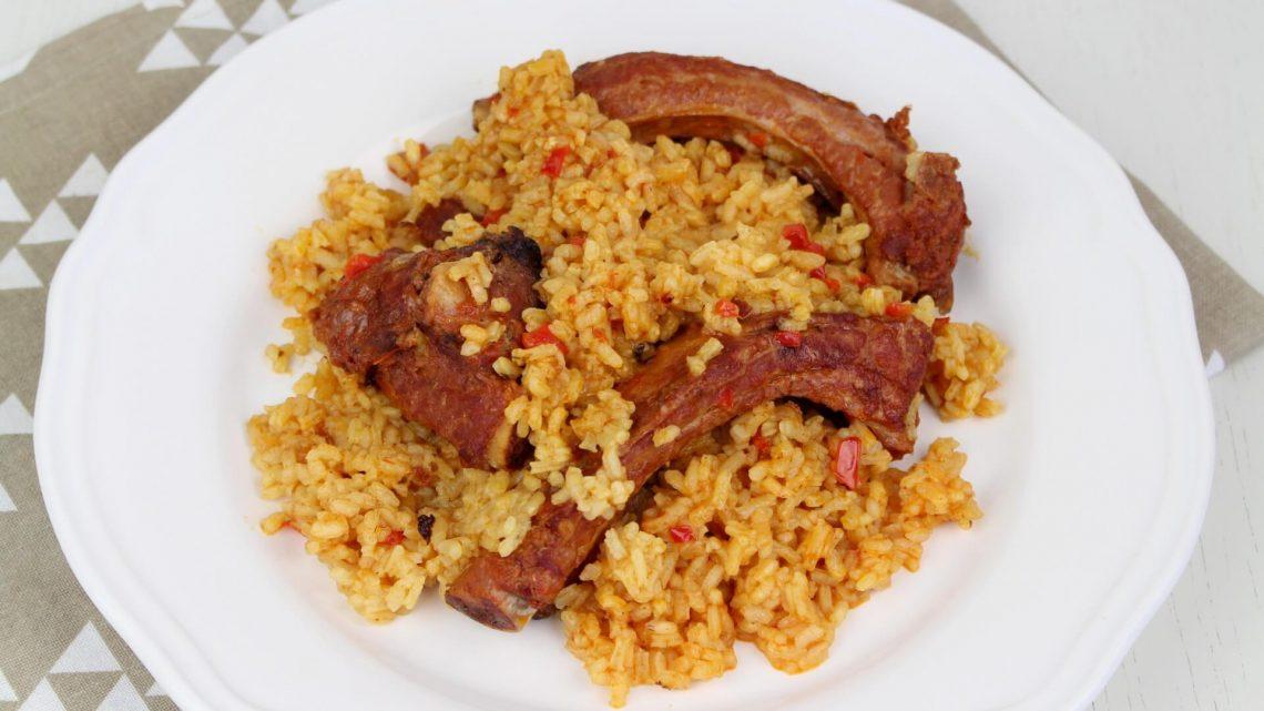 Receta de arroz con costilla adobada de cerdo en olla de cocción lenta